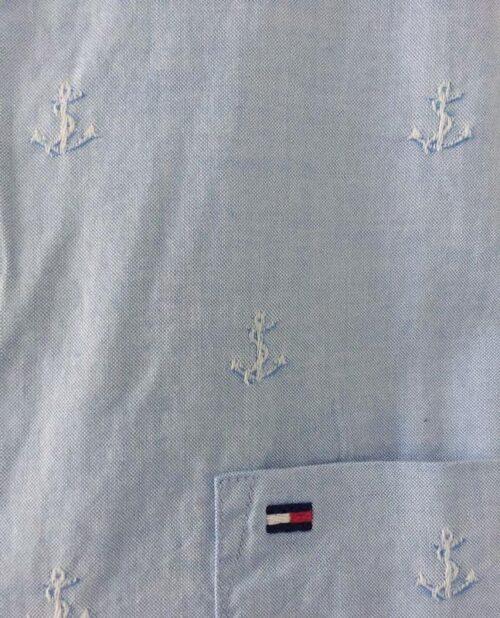 Camisa Tommy Hilfiger Custom Fit ancla bordadas manga larga