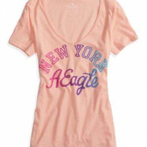 Camiseta American Eagle Factory NYC Graphic manga corta rosa bebe