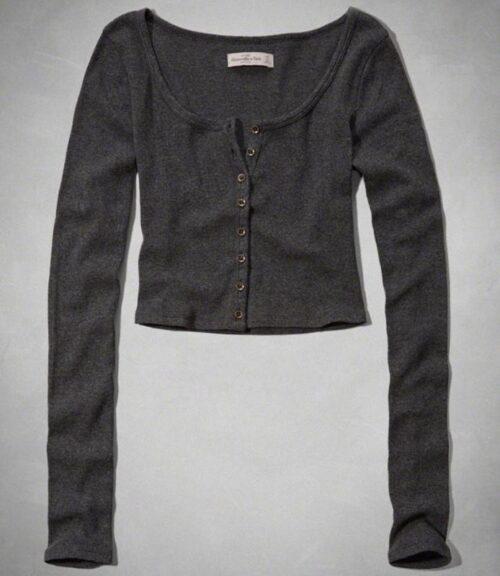 Blusa Abercrombie Camille Henley manga larga gris oscuro